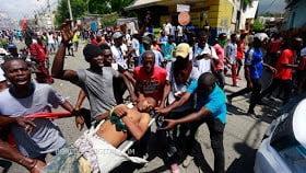 Al menos un muerto protestas contra la corrupción Haití