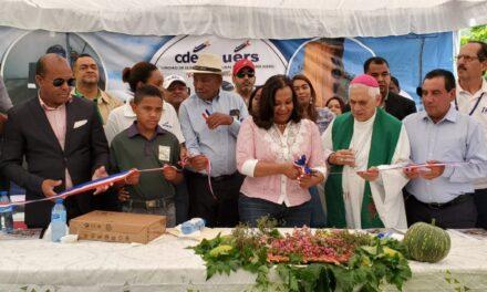 UERS entrega micro-Hidroeléctrica número 50, beneficiando agricultores en San Juan