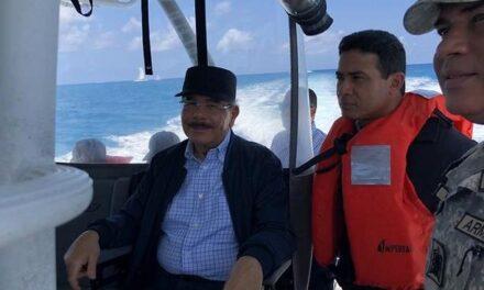 Medina prometió ayer solución a problemas padecen en isla Saona