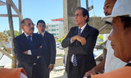 Presidente Danilo Medina constata avances construcción CAID Santo Domingo Este, el más grande del país