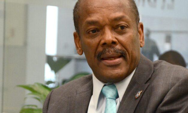 Alcalde de Boca Chica, envía carta al presidente de la República, Danilo Medina Sánchez.