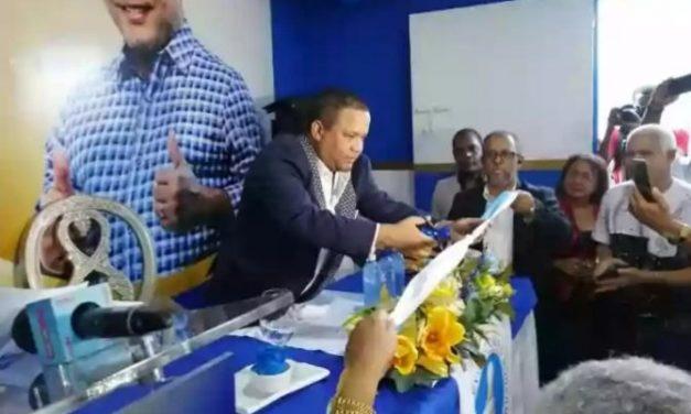 El Torito inaugura su comando de campaña en Bonao