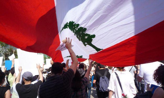 La triple crisis tras las protestas en Líbano