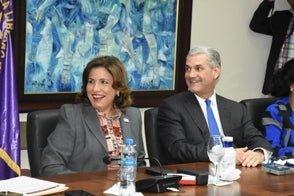Margarita Cedeño se reintegra a reunión del Comité Político del PLD