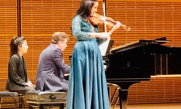 Aisha Syed: violinista dominicana que  brilla en un concierto de ensueño en el Carnegie Hall