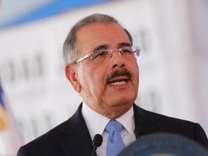Danilo Medina pide cumplir «fielmente con las disposiciones establecidas» en la Constitución