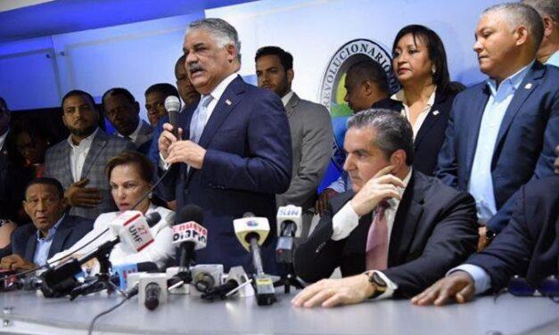 Pese a trifulca y heridos, PRD aprueba a Gonzalo Castillo como candidato