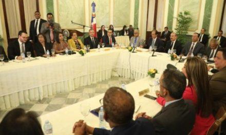 Gobierno impulsa acciones para fortalecer la seguridad alimentaria en República Dominicana; Danilo Medina encabeza reunión
