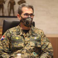 Ministro de Defensa sale positivo a prueba de Covid-19
