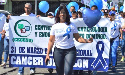 Centro de Gastroenterología y Endoscopia (CEGESD) realiza caminata en contra del Cáncer de Colon