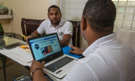 """Roberto Rodríguez Marchena: """"Para comunicar bien hoy día hay que contar con los microempresarios de la comunicación de barrios y pueblos"""""""