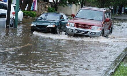 Aumentan provincias en alerta por lluvias que afectan varias comunidades